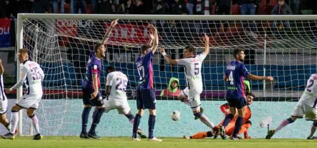 Crotone Cosenza gol lapresse 2019 640x300
