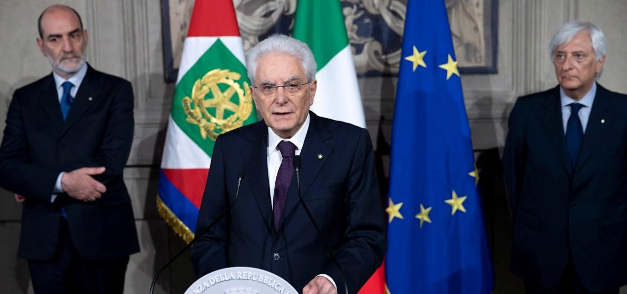 """Consultazioni, Di Maio da Mattarella: """"Governo Conte col Pd"""