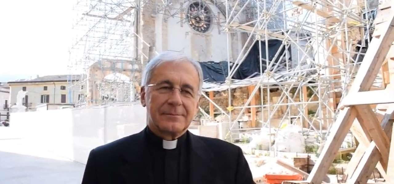 terremotati migranti vescovo norcia renato boccardo