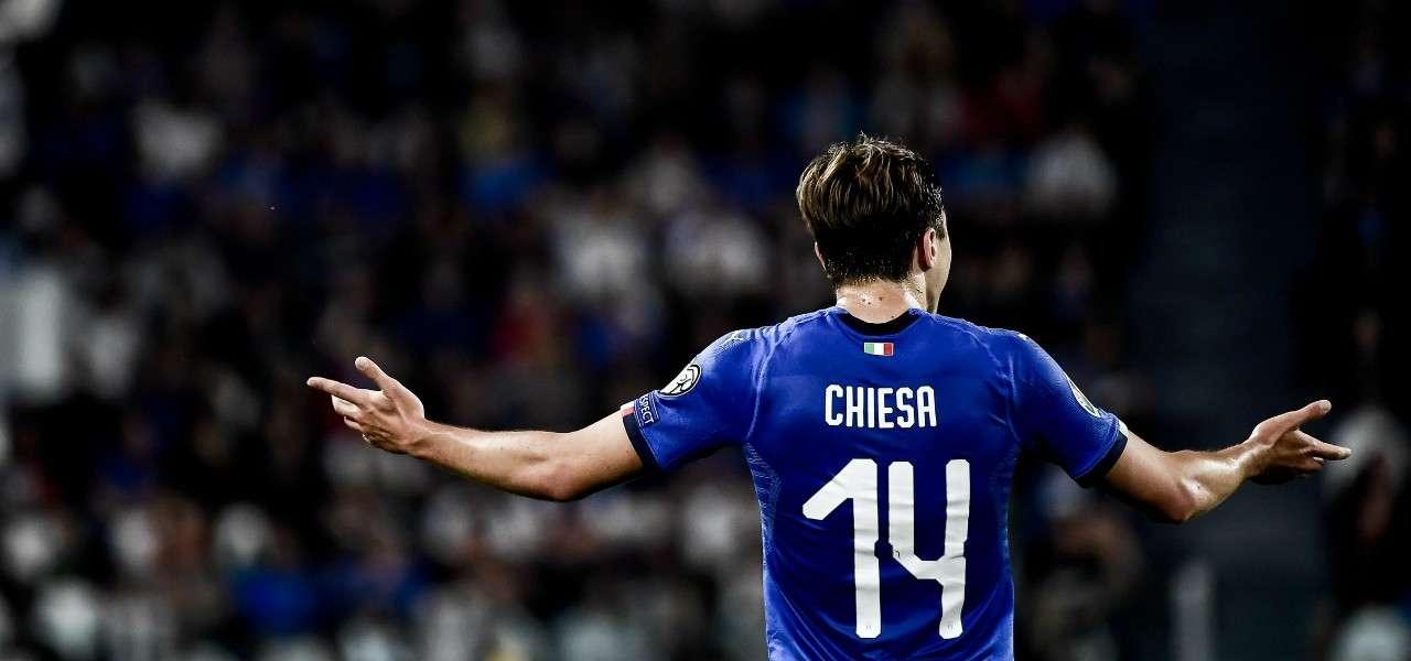 Federico Chiesa Italia spalle lapresse 2019