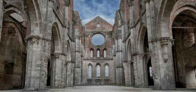 chiesa abbazia galgano arte pxabay1280 640x300