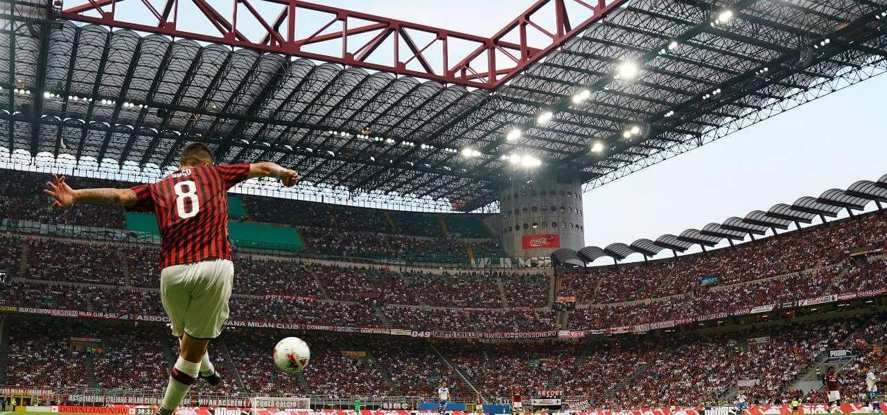 Suso Milan angolo San Siro lapresse 2019