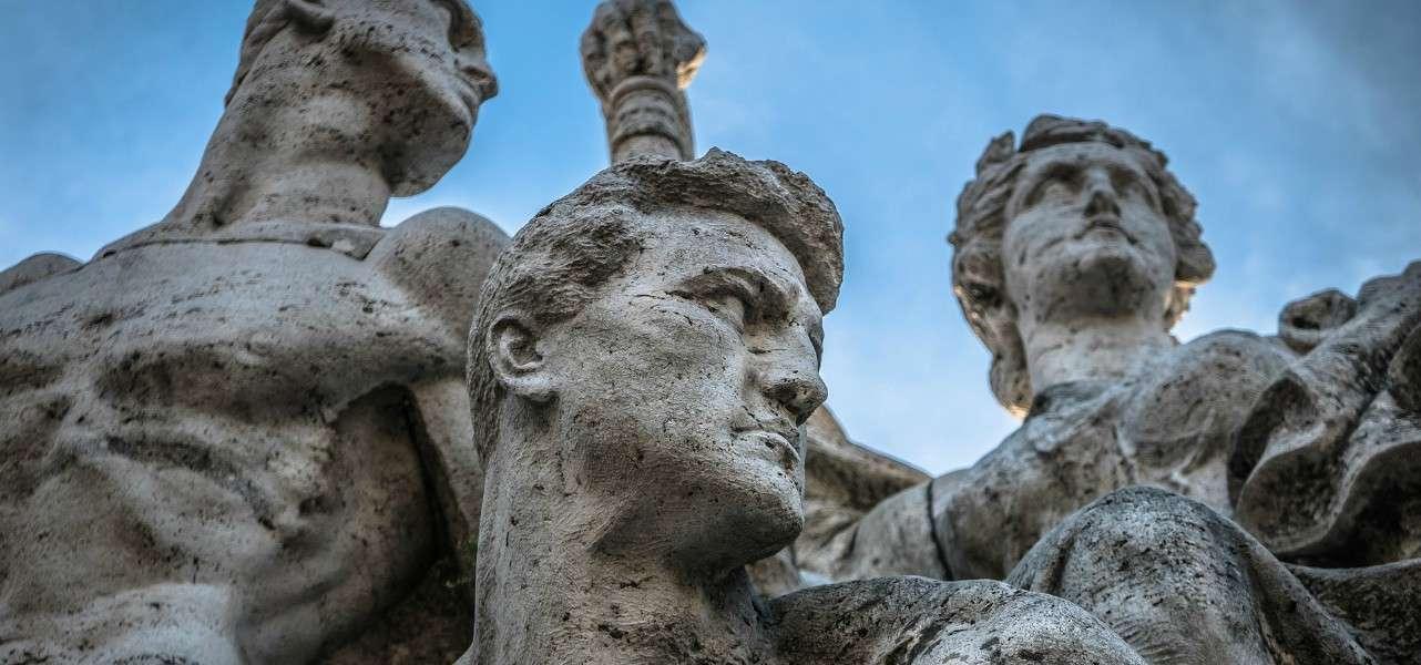 roma statue uomini storia pixabay1280