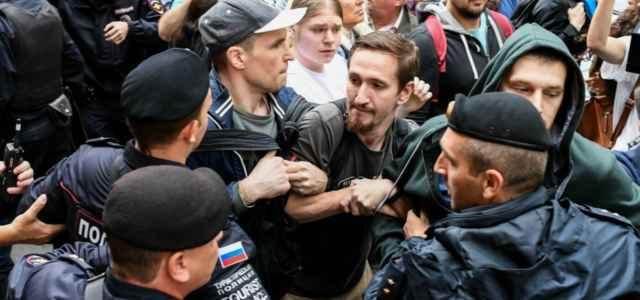 russia protesta elezioni 1 lapresse1280 640x300