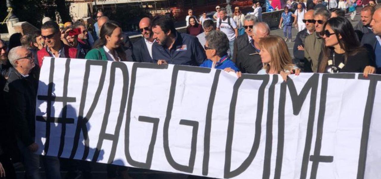 Sit-in Salvini vs Raggi