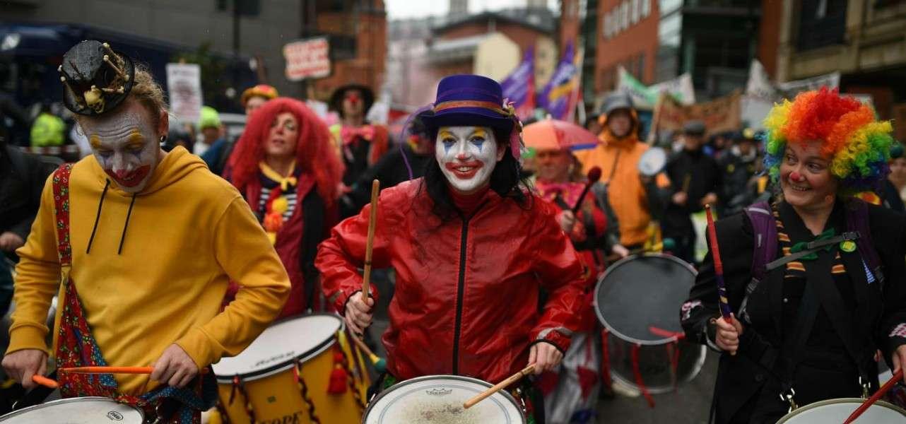 granbretagna brexit clown protesta 1 lapresse1280