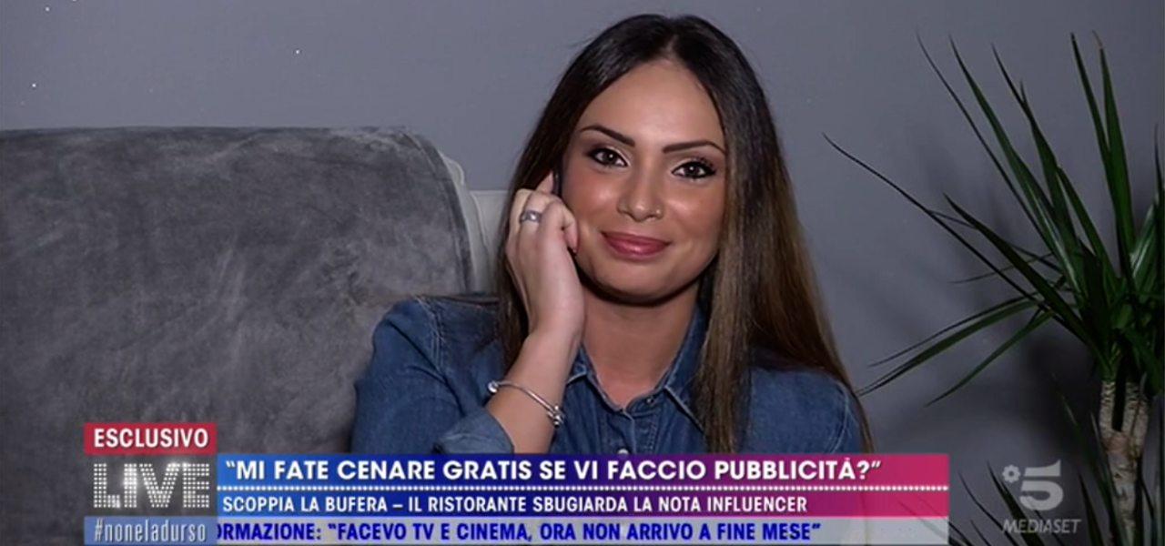 """Valentina Pivati, cena a """"scrocco""""/ Ristoratore: """"È mendicare"""" (Live ..."""
