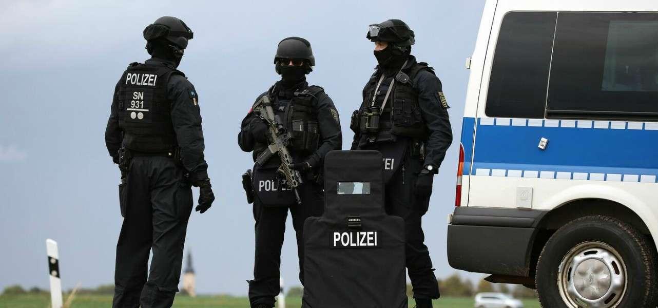 germania polizia attentato 1 lapresse1280