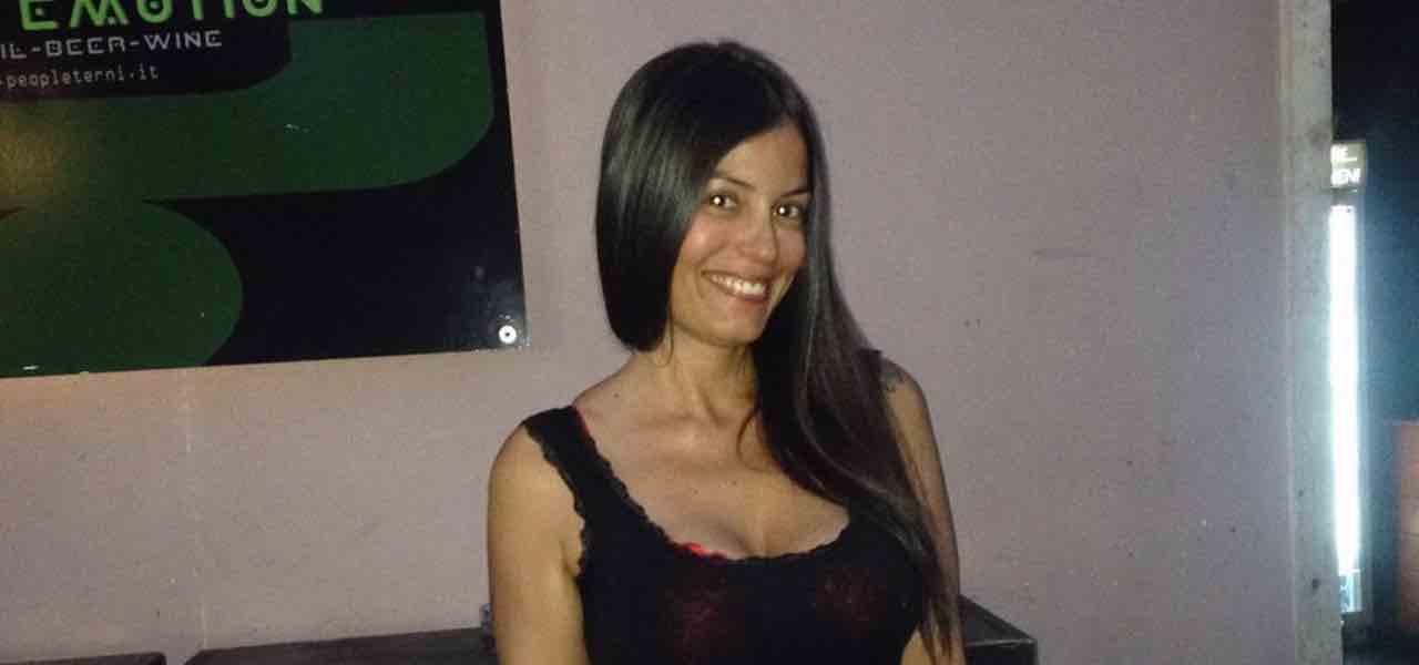"""SARA TOMMASI/ """"Fai il porno o ti uccidiamo o gettiamo acido"""" (Live ..."""