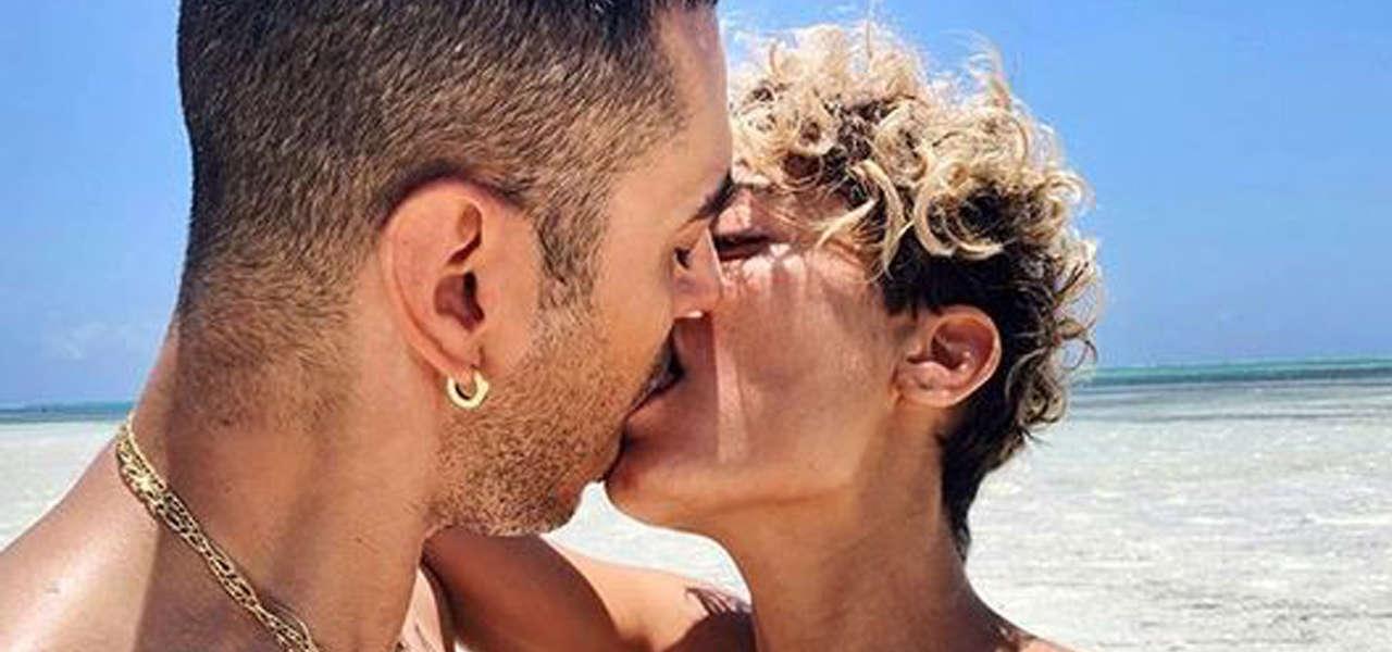 Elodie e Marracash, bacio hot