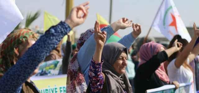 siria guerra curdi donne 1 lapresse1280 640x300