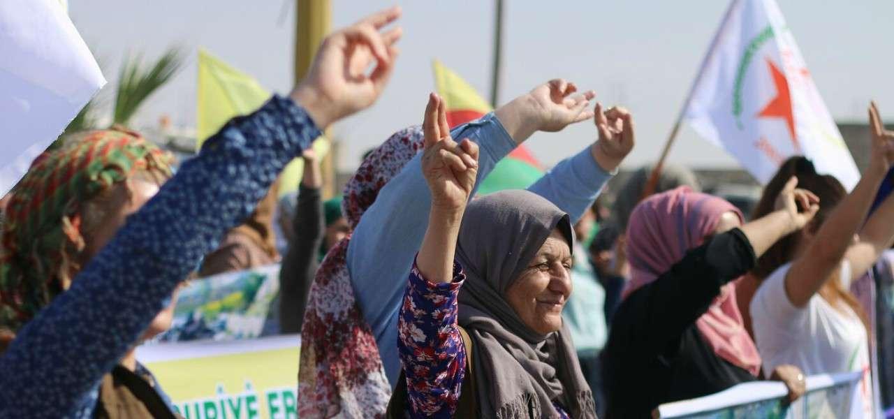 siria guerra curdi donne 1 lapresse1280