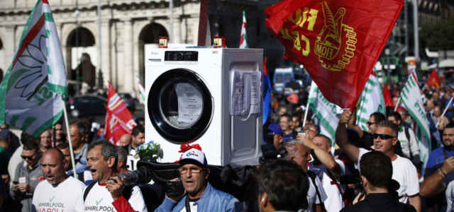Whirlpool Manifestazione lavatrice Lapresse1280 640x300