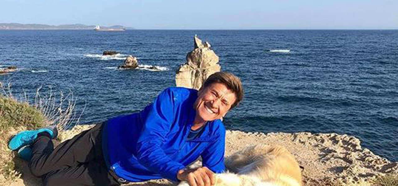 """Gianni Morandi ne """"L'Isola di Pietro"""""""