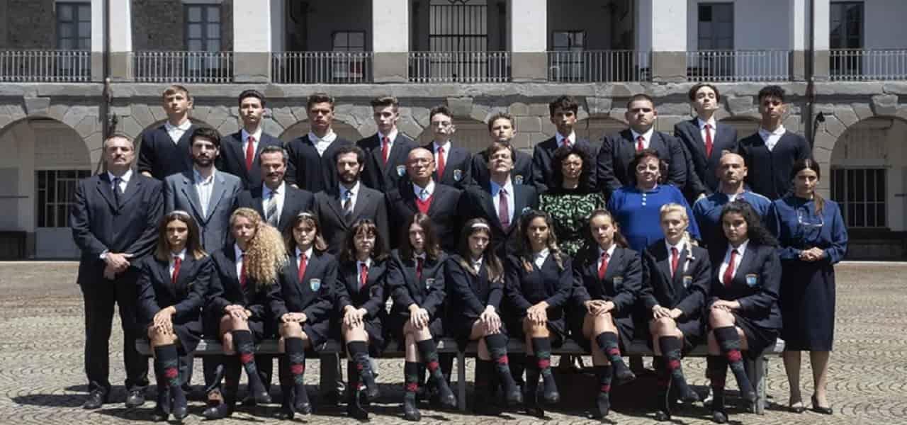 IL COLLEGIO 4, 1a PUNTATA/ Diretta e allievi: Mariana Aresta ...