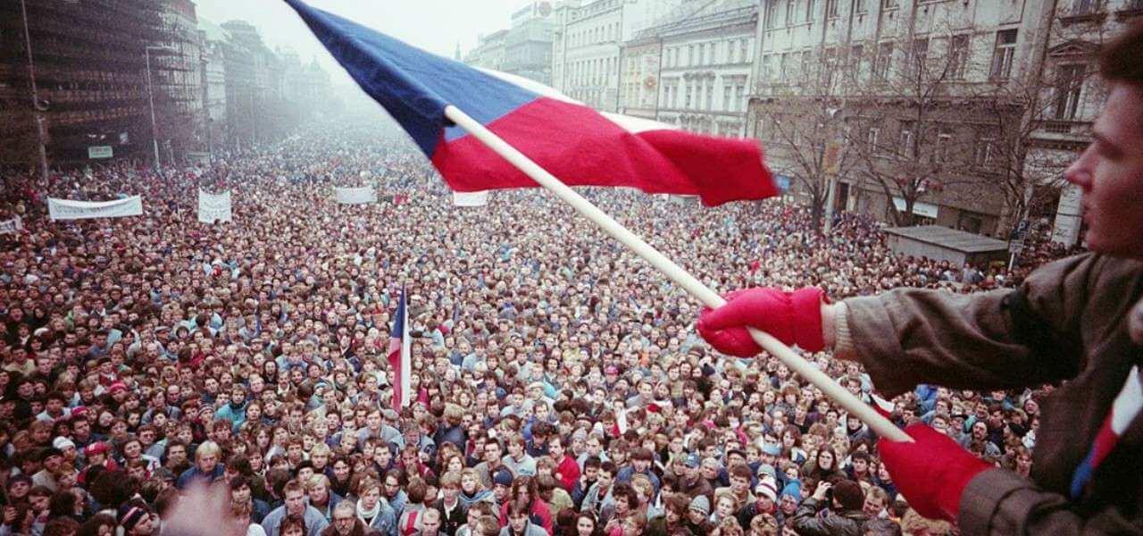 cecoslovacchia rivoluzione velluto 1989storia1280