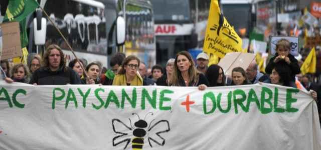 francia allevatori protesta 1 lapresse1280 640x300