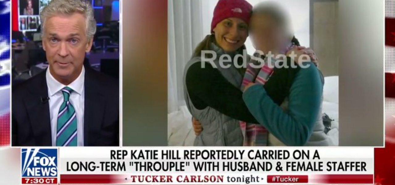 Katie Hill con l'assistente