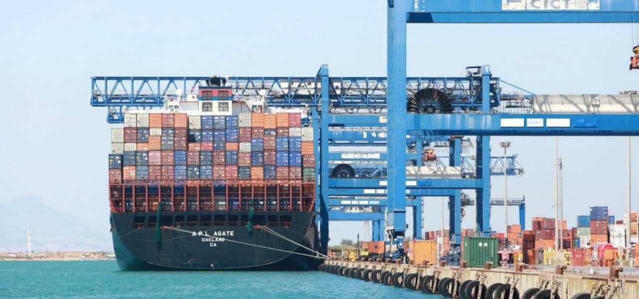 porto container nave commercio 1 lapresse1280