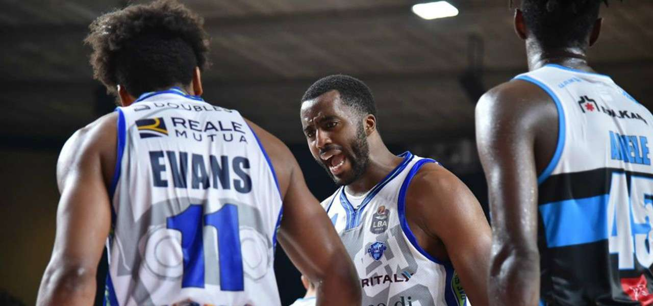 McLean Evans Sassari basket lapresse 2019