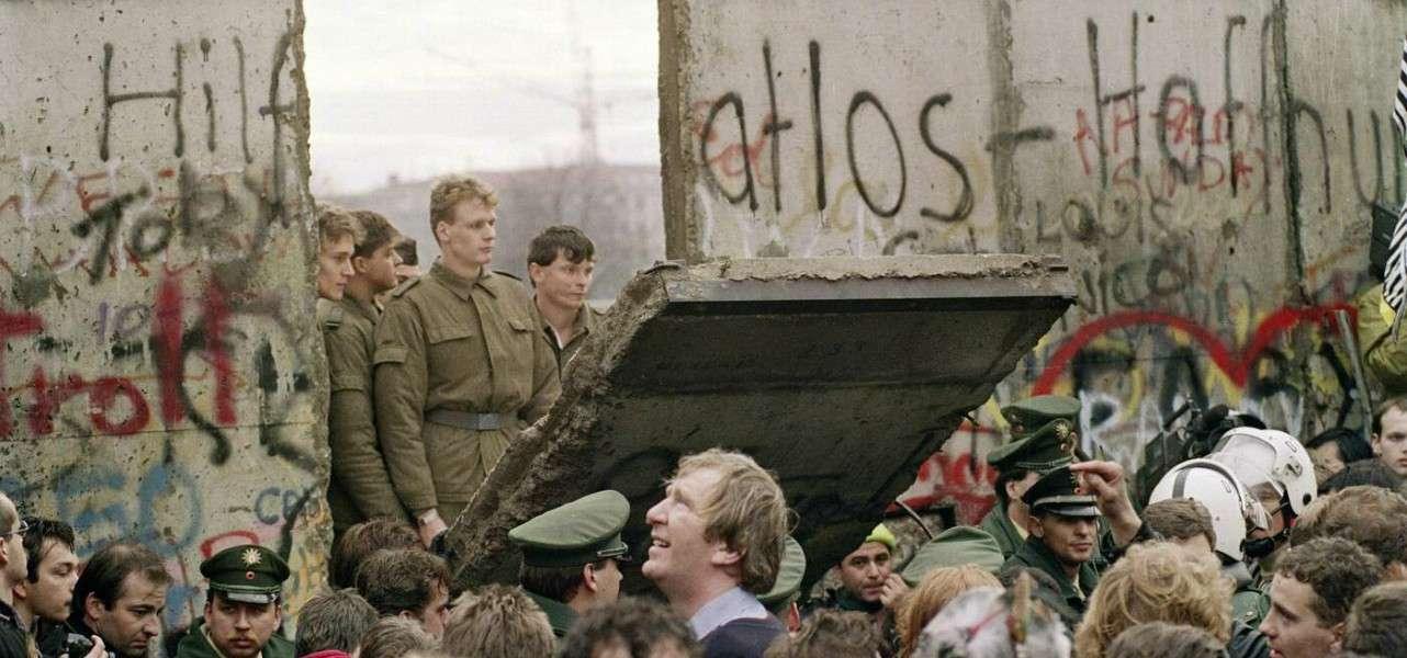 muro berlino comunismo 1989 1 lapresse1280