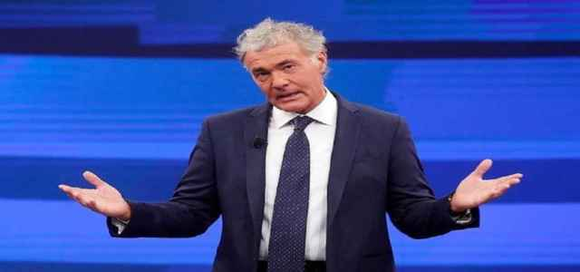 """Massimo Giletti vs Barbara d'Urso?/ Video """"Attacco a modo ..."""