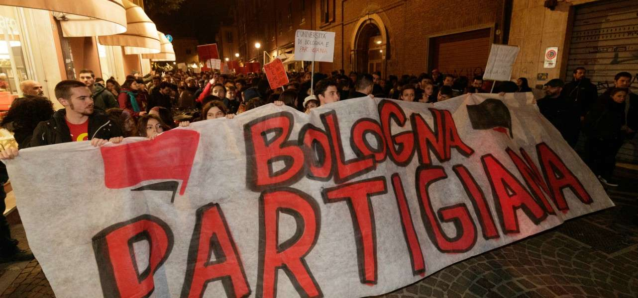 bologna protesta sardine 2 lapresse1280