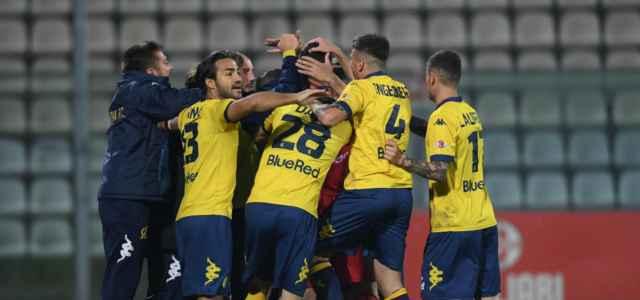 Modena esultanza gruppo gol lapresse 2019 640x300