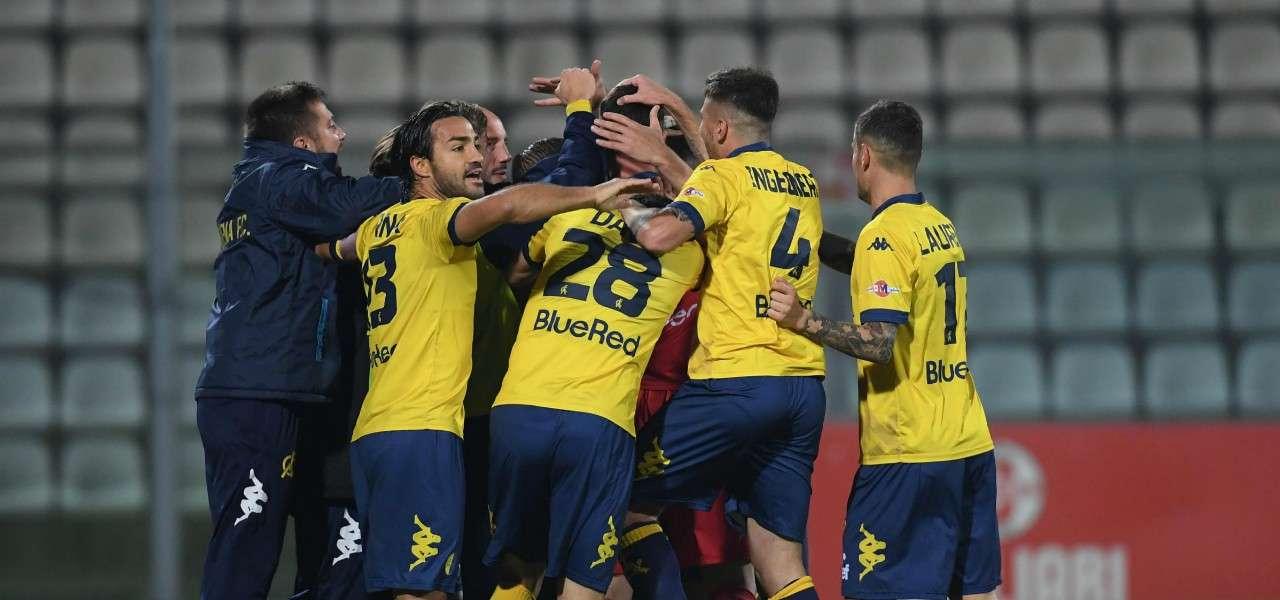 Modena esultanza gruppo gol lapresse 2019