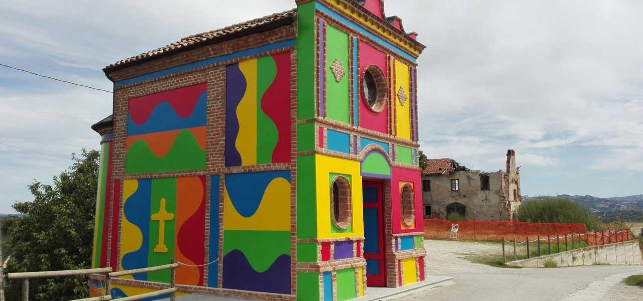 La coloratissima Cappella del Barolo