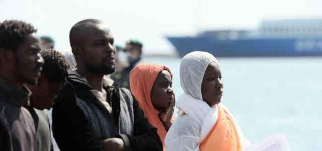 migranti pozzallo