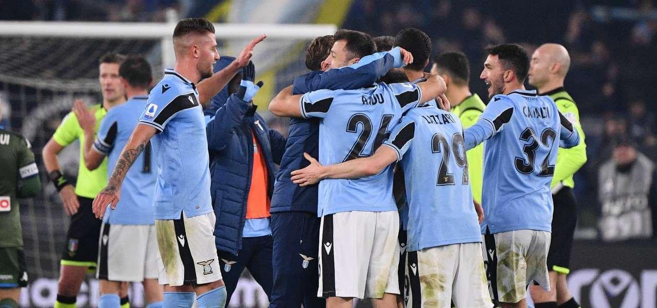 Lazio gruppo abbraccio lapresse 2020