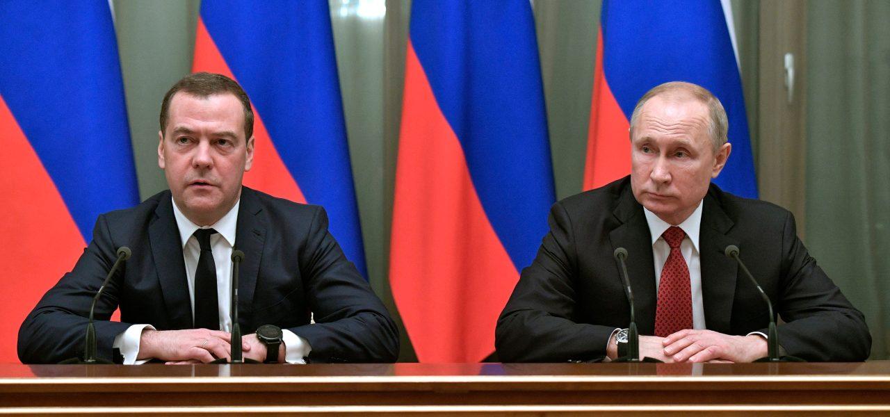 Medvedev e Putin