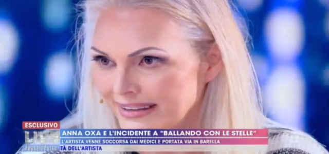 Anna Oxa a Live - Non è la d'Urso