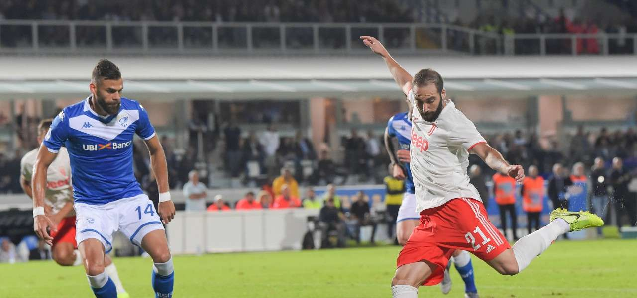 Chancellor Higuain Brescia Juventus lapresse 2020