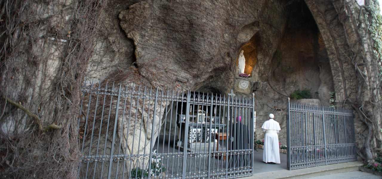 Papa Francesco a Lourdes