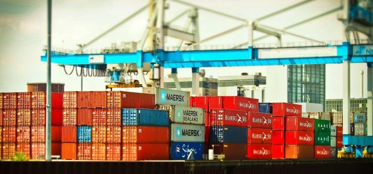 container porto pixabay1280