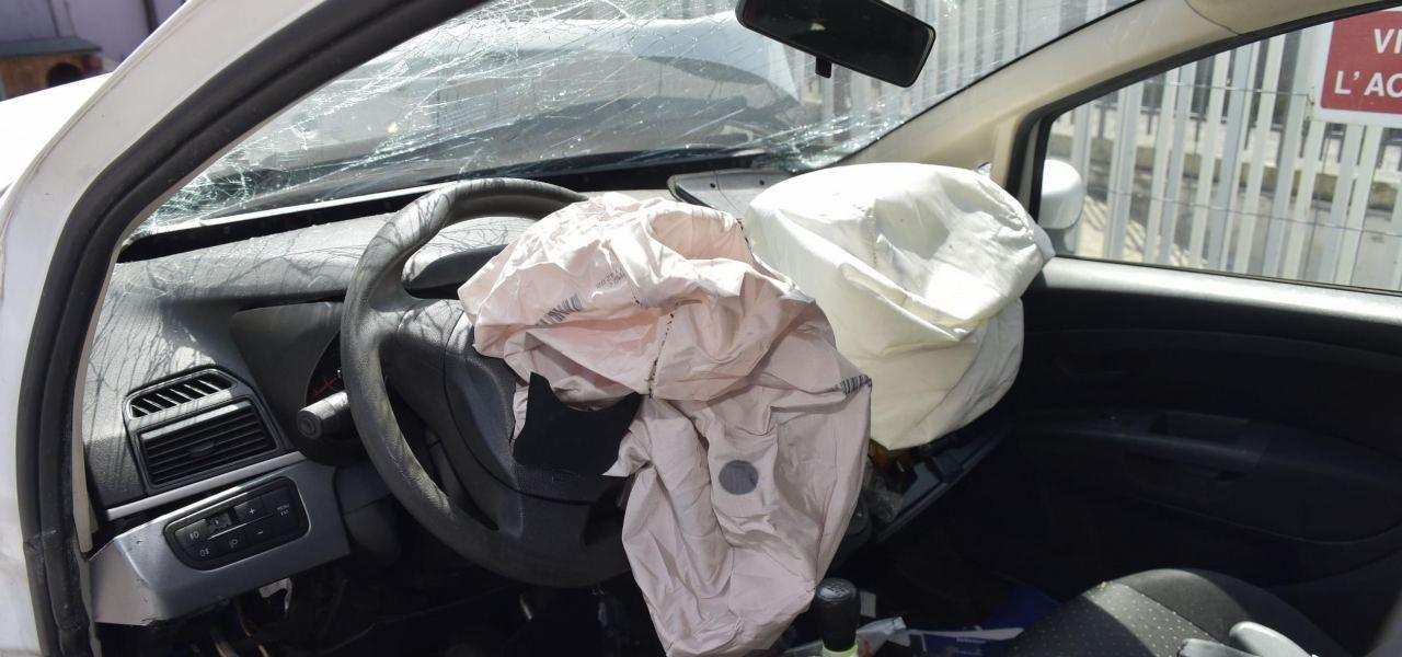 Airbag esploso