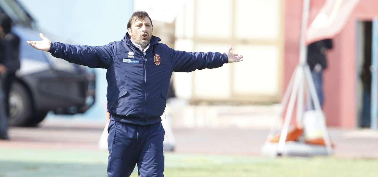 Giuseppe Raffaele Potenza allenatore lapresse 2020