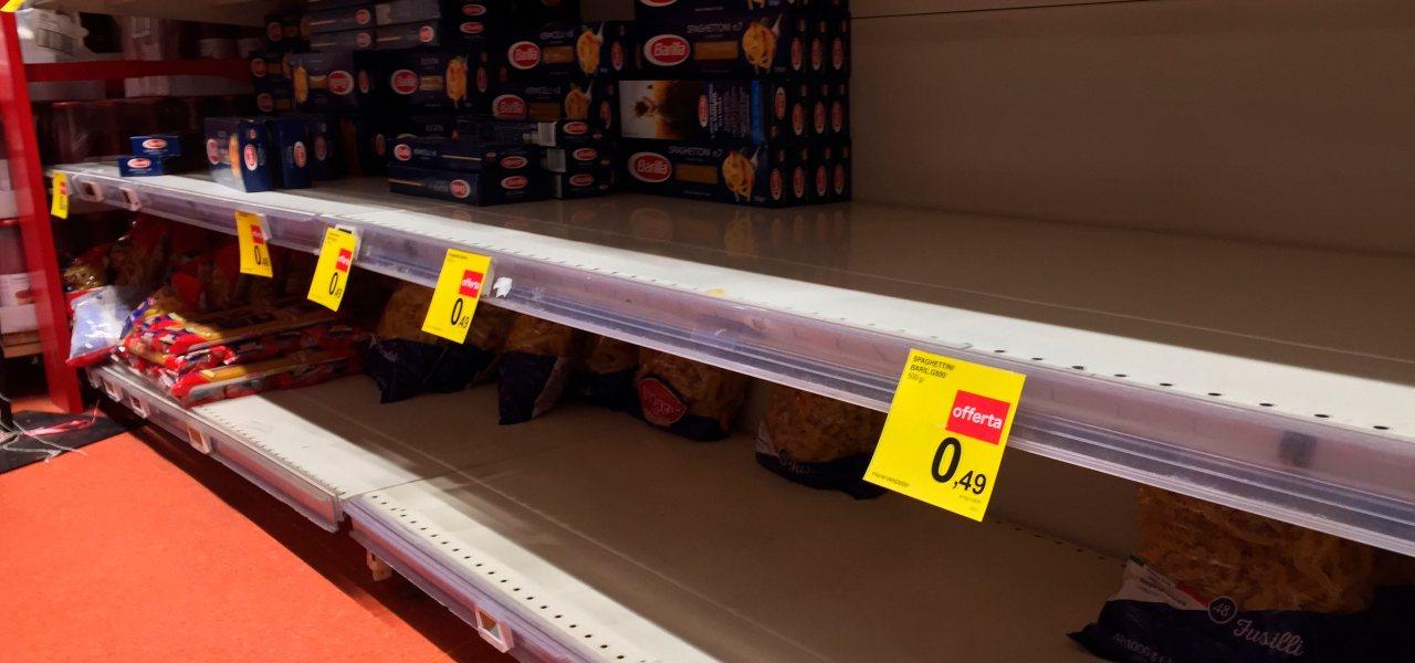 coronavirus assalto supermercati