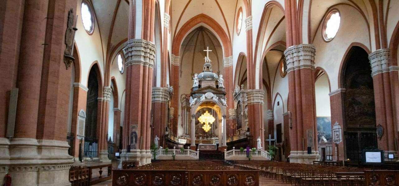 Chiesa vuota don