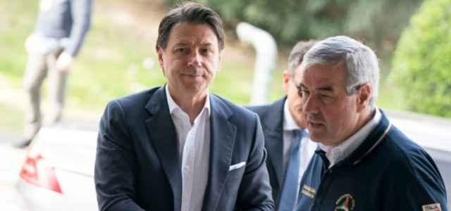 Conte e Borrelli