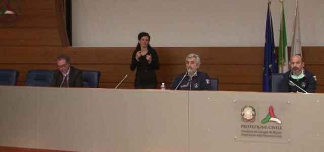 conferenza stampa protezione civile 640x300