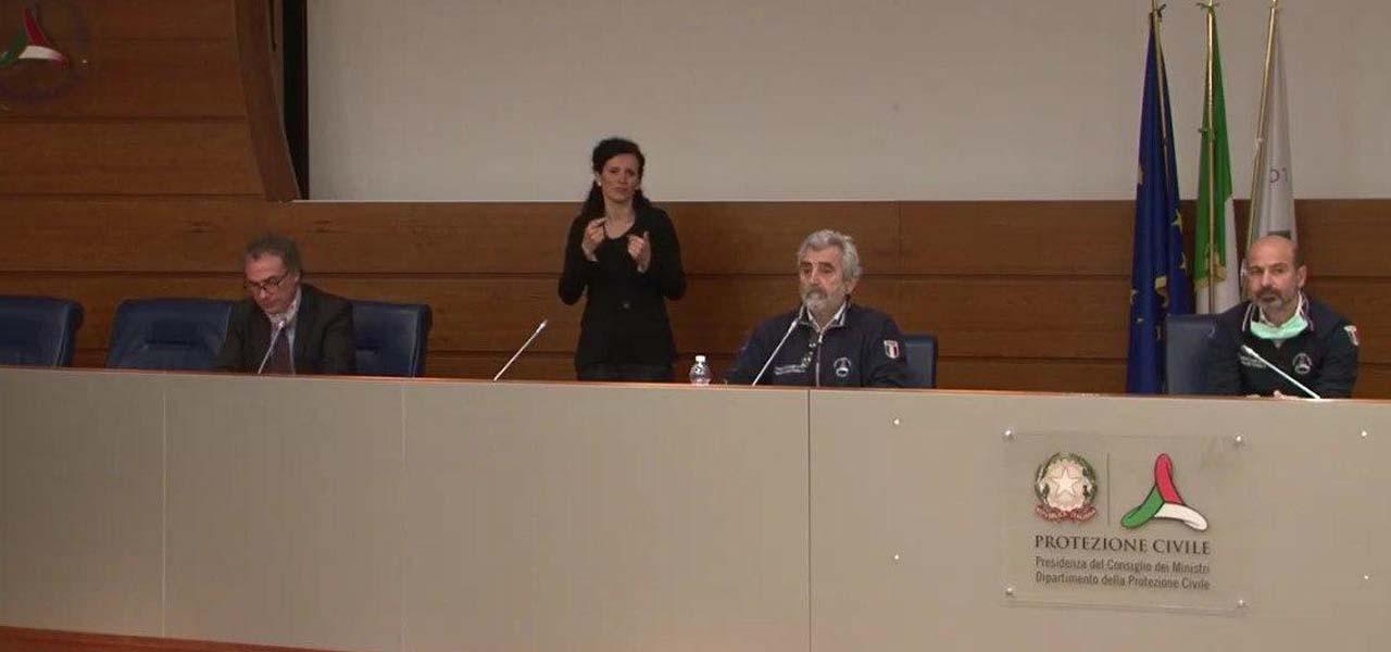 conferenza stampa protezione civile