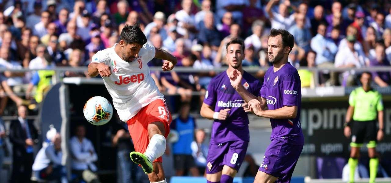 Khedira Badelj tiro Fiorentina Juventus lapresse 2020