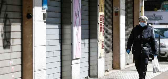 Coronavirus negozi Roma