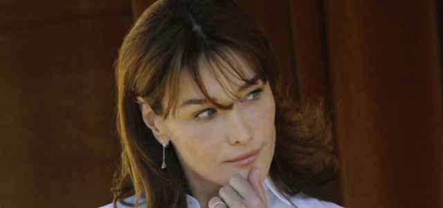 La cantautrice e attrice Carla Bruni