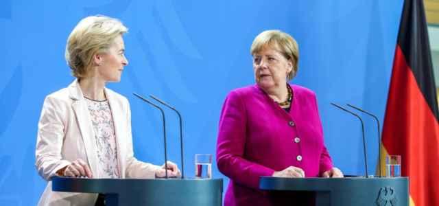 Von der Leyen Merkel Germania Ue