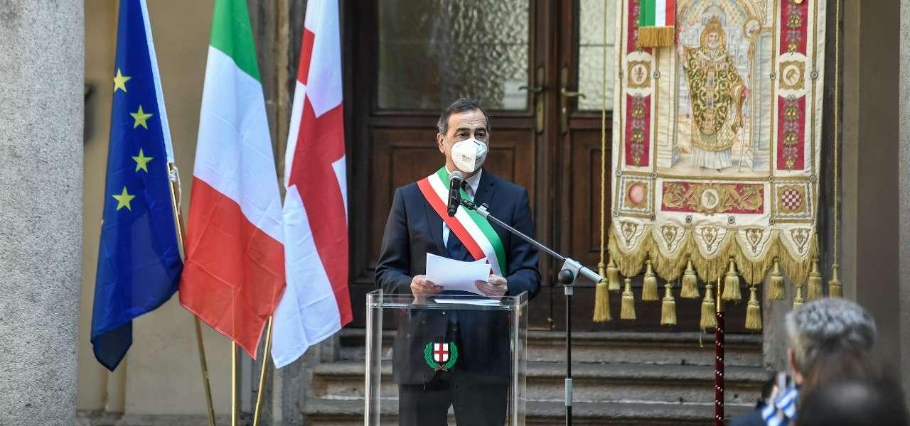 Giuseppe Sala conferenza mascherina lapresse 2020