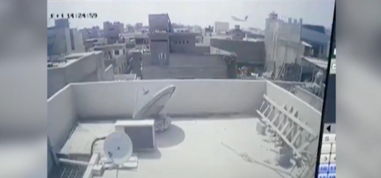 incidente aereo pakistan